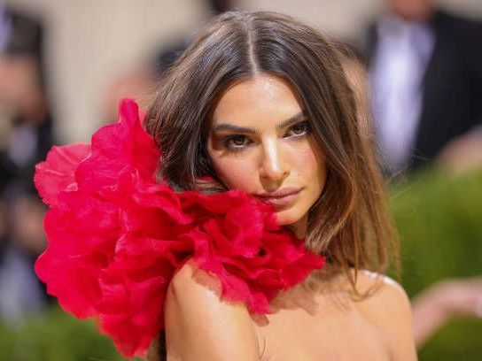 Robin Thicke soll Model Emily Ratajkowski sexuell belästigt haben