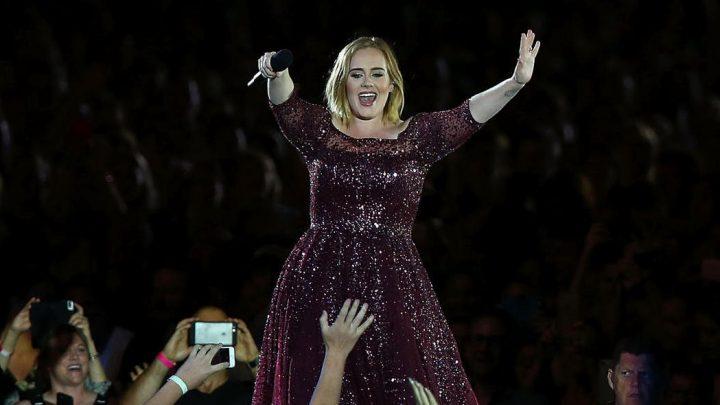Warum Adele eher ungeplant 45 Kilo verlor